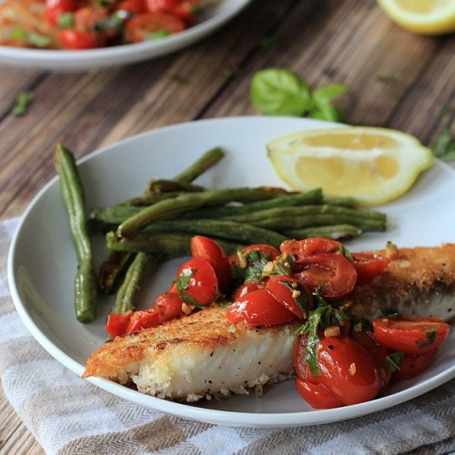 Panco_Crusted_Tilapia_with_Tomato_Basil_Sauce_fdgwker2